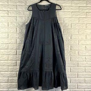 Gap black dress with eyelet detail flutter hem XL